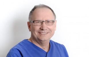 Dr. Andreas Hartwig